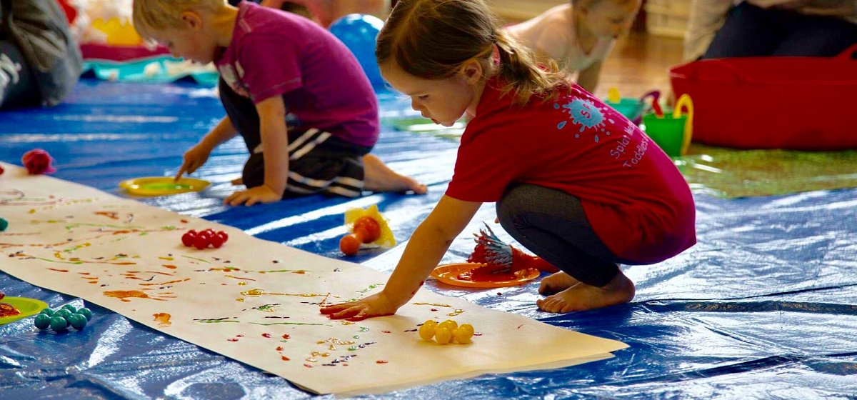 <p>Messy Play Classes</p>